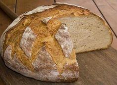 Συνταγή για το πιο νόστιμο ψωμί με γιαούρτι! | ediva.gr Tsoureki Recipe, Sourdough Bread, How To Make Bread, Greek Recipes, Soul Food, Breakfast Recipes, Food And Drink, Artisan, Cooking Recipes