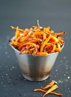 (Hand Cut) Crispy Baked Sweet Potato Shoestring Fries Paleo Sweet Potato Fries, Grilled Sweet Potatoes, Fried Potatoes, Whole 30 Recipes, Side Dish Recipes, Side Dishes, Main Dishes, Paleo Recipes, Real Food Recipes