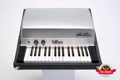 Popularized by The Doors, the Fender Rhodes Piano Bass features 32 notes from the bass register of a Rhodes piano. It's perfect for when you're handling a bass player's part or just in need of a robust bottom end. Bass lines never sounded so good, especially in conjunction with other keyboards like a Vox Continental.