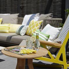 Molins Interiors // arquitectura interior - interiorismo - decoración - casa - exterior - jardinería - piscina - jardín - mobiliario - garden - furniture - armchair - detalle - verano - summer
