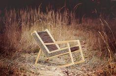 HALUZ rocking-chair par Studio Vacek