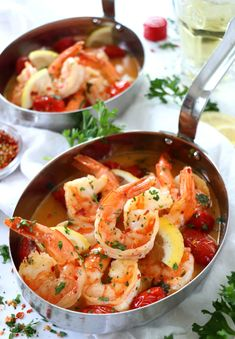 The name 'Drunken Shrimp Scampi' tells you everything you need to know about this recipe. These buttery, garlicky, drunken shrimp took a nice long bath in some white wine. Shrimp Dishes, Shrimp Recipes, Fish Recipes, Gourmet Recipes, Cooking Recipes, Healthy Recipes, Shrimp Pasta, Drunken Shrimp Recipe, Dinner Recipes