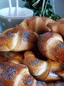 Art Education, Bagel, Bread, Food, Art Education Resources, Brot, Essen, Baking, Meals