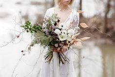 Winter Bridal Bouquets, Bride Bouquets, Bridesmaid Bouquet, Floral Bouquets, White Wedding Flowers, Floral Wedding, Winter Mountain Wedding, Flowers In Hair, Floral Arrangements