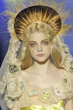 Jessica Stam for Jean Paul Gautier, Spring 2007 Couture.