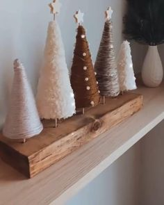 Diy Christmas Decorations Easy, Diy Christmas Ornaments, Homemade Christmas, Rustic Christmas, Christmas Projects, Simple Christmas, Decor Crafts, Holiday Crafts, Christmas Time