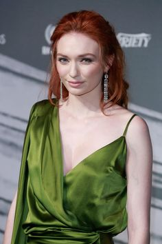 Eleanor Tomlinson Photos Photos - Eleanor Tomlinson attends The British Independent Film Awards at Old Billingsgate Market on December 2016 in London, England. - The British Independent Film Awards - Arrivals Red Overalls, Eleanor Tomlinson, Instagram Models, Instagram Makeup, Instagram Girls, Film Awards, Healthy Women, Young Models, Independent Films