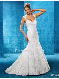 Elegant Fit and Flare Sweetheart Court Train Lace Wedding Dress (MD105)