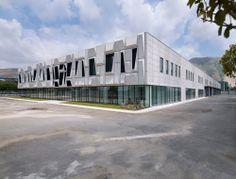 Giorgia & Johns office building and logistic center