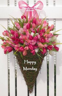 Flowers Arrangements Tulips Roses 15 Ideas For 2019 Tulpen Arrangements, Floral Arrangements, My Flower, Beautiful Flowers, Pink Tulips, Arte Floral, Spring Flowers, Planting Flowers, Wedding Flowers