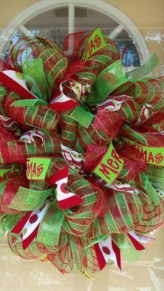 Hmmmm....possible Christmas wreath