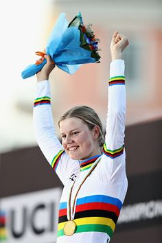 Gold medalist Amalie Dideriksen of Denmark celebrates her win on the podium after the Elite Womens Road Race UCI World Championships 2016 / Bryn Lennon / Getty Images