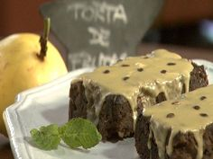 Torta galesa con frutos tropicales y fondant de maracuya - Narda Lepes