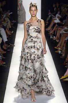 Carolina Herrera Spring 2006 Ready-to-Wear - Collection - Gallery - Style.com