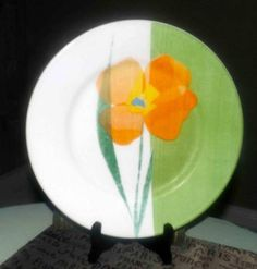 Vintage and hard to find Corelle Luxe Fiore Green large dinner