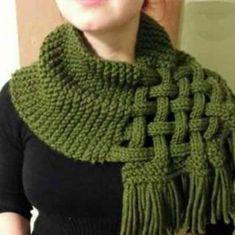 Celtic Knot Loop Scarf Pattern