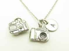 Cámara collar cámara de encanto personalizado por CranberryStreetNY