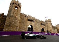 Blog Esportivo do Suíço: Hamilton fecha 1º sexta-feira na frente em Baku, brasileiros vão mal