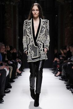 Balmail FW 2012 Paris Fashion Week    Look Favorito!