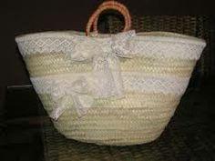 1000 images about cabassos on pinterest straw bag - Cestos de mimbre decorados ...