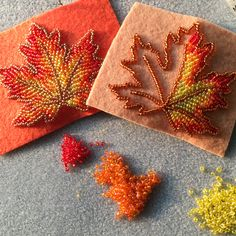 Some more leaf progress 🍁 I love working on these, because each one is always slightly different 🧡 Bead Embroidery Tutorial, Bead Embroidery Patterns, Bead Embroidery Jewelry, Fabric Jewelry, Hand Embroidery Designs, Beaded Embroidery, Beading Patterns, Loom Patterns, Loom Beading
