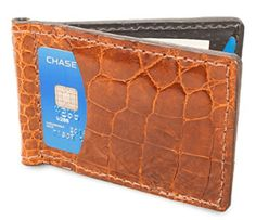 A top-tier wallet and a high-quality watch are the first two things, Every man wants to carry a genuine top-quality handmade leather wallets. Clip Wallet, Look Good Feel Good, Leather Company, Handmade Leather Wallet, Leather Wallets, Slim, Skinny, Diving, Coloring Books