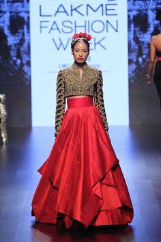 Scarlet Bindi - South Asian Fashion and Travel Blog by Neha Oberoi: Lakme…