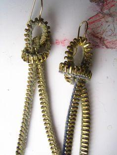 @TRESemmé India #TRESSplitRemedy #SplitEnds Broken zipper earrings..