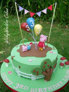 Peppa Pig #peppapig #George #muddypuddles #bunting #balloons #cake #birthday #girls #boys #georgiepig