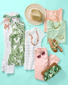 Lush colors and palm prints. As carefree as your summer plans. 💗 | Talbots Summer Outfits