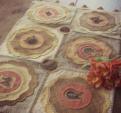 Six-Pane Floral Wooly Table Rug