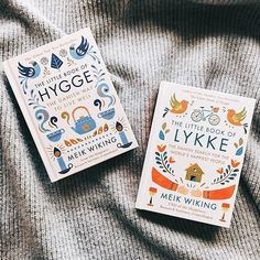 While reached its height of popularity last year, it shows no signs of slowing down. The Little Book of Lykke (Danish for ) takes us on a treasure hunt to figure out the steps to inner fulfilment. Book Cover Design, Book Design, Book Flatlay, Books To Read, My Books, Hygge Book, Reading Goals, Book Nooks, Little Books