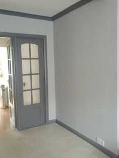 Grey walls with dark grey woodwork, skirting and coving. Really pleased we dared to do this in the end, looks phenomenal. Grey Painted Walls, Dark Grey Walls, White Walls, Dark Doors, Grey Doors, Dark Trim, Grey Trim, Mens Room Decor, Home Decor