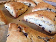 Buongiorno a tutti. Oggi di prima mattina c'è un profumino di pane e cioccolato da far venire l'acquolina in bocca! Oggi voglio condividere con voi un'altra ricetta tedesca: i Schoko Wuppis.Chi è ...