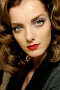 ... on Pinterest   1940s Hair, Kate Middleton Hair and Victory Rolls