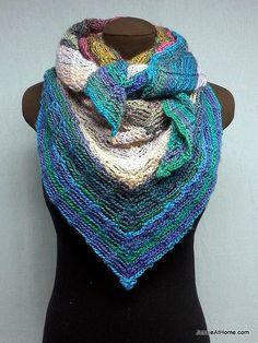 Beautiful #crochet shawl free pattern from @JessieAt_Home