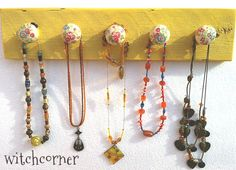 Jewelry Necklace Rack Holder Display Organiser - Yellow & Spray flowers - wooden - with 5 knobs