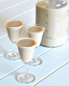 Homemade chocolate pudding, Chocolate pudding and Baileys irish cream ...
