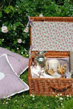 ein picknick im freien kann ein schöner ausflug für die ganze, Garten und erstellen