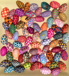 Painted pistachio shells Shell Crafts Kids, Crafts For Kids, Pistachio Shells, Seed Craft, Collaborative Art Projects, Creative Box, Baby Art, Shell Art, Button Crafts