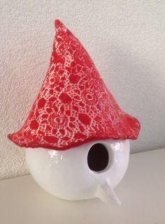 Keramiek/ceramic vogelhuisje/birdhouse