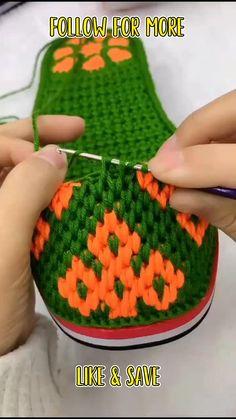 Crochet Stitches Patterns, Stitch Patterns, Crochet Sunflower, Easy Patterns, Shoe Pattern, Crochet Shoes, Crochet Basics, Beautiful Crochet, Video Tutorials
