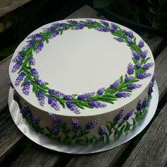 """11"""" vanilla buttercake"""