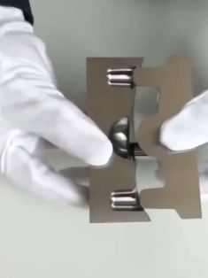 Mechanical Engineering, Engineering Humor, Wow Video, Oddly Satisfying Videos, Cool Inventions, Cool Tech, Mind Blown, Metal Art, Metal Working
