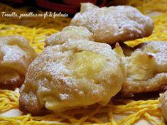Biscotti leggeri alle mele, sono dei dolcetti decisamente light....ma molto gustosi, non contengono uova e pochissimo zucchero e burro che potete sostituire