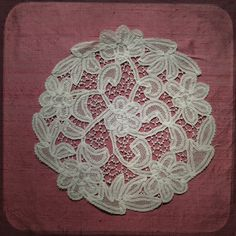 Antique Vintage French Hand Lace Tablecloth Doily White Gorgeous - Vintage linen napperon home decor from France