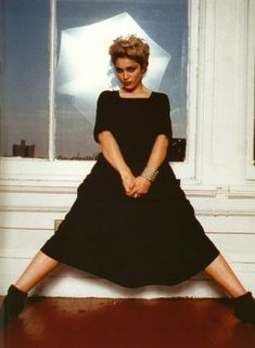 Here is a new part of rare photos of famous people. Actors and actresses, musicians, movie directors, etc. Previous parts: Rare Photos of Famous People pics) Rare Photos of Famous Peop Madonna Rare, Madonna 90s, Madonna Albums, Lady Madonna, Divas, Madonna Pictures, Bae, Lucky Star, Music Icon