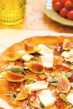 Pizza de Figos e Queijo Fresco