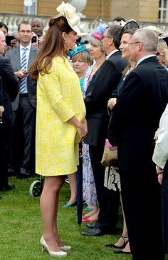 Kate Middleton, Baby Bump Look Lovely in Yellow at Queen Elizabeths Garden Party