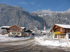 Schlitters, Kirche Hl. Martin (Zillertal, Schwaz) Tirol AUT